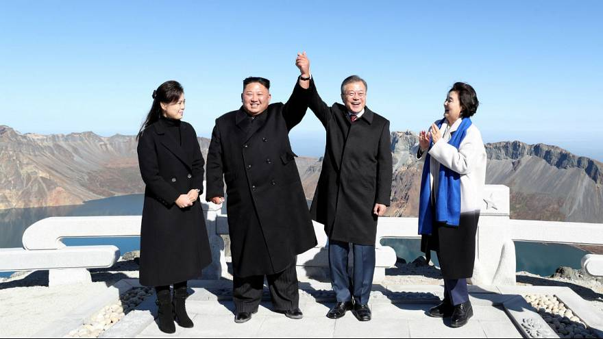 Moon Jae-in and North Korean leader Kim Jong Un