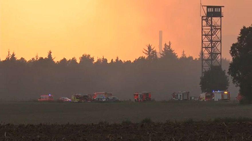 Tombol a katonaság által okozott tűz Németországban