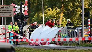Unfall mit Zug und Lastenfahrrad: 4 Kinder kommen ums Leben