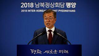 Moon: Kuzey Kore lideri Kim yakın bir tarihte Trump'la görüşmek istiyor