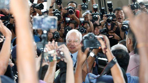 نجیب رزاق در دادگستری کوالالامپور
