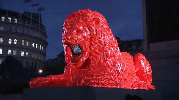 Der fünfte Löwe am Trafalgar Square
