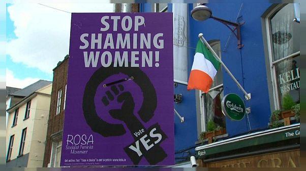 Irlanda del Norte: Una madre es procesada por comprar píldoras abortivas para su hija en Internet