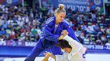 الأوكرانية داريا بيلوديد تتوج كأصغر بطلة للعالم في تاريخ رياضة الجودو