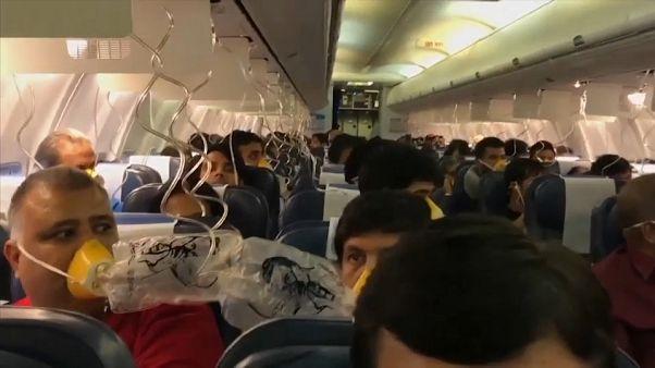شاهد: أنوف مسافرين تنزف دما بسبب اختلال الضغط الجوي على متن طائرة هندية