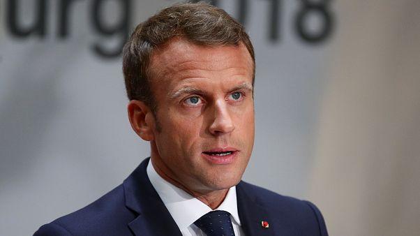 Macron: aki nem mutat szolidaritást a migrációban, azt ki kell tenni Schengenből