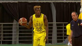 Il rifugiato star del Basket