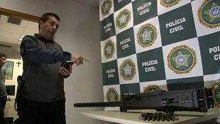 Légelhárító nehézgépfegyverrel kereskedtek egy riói favelában
