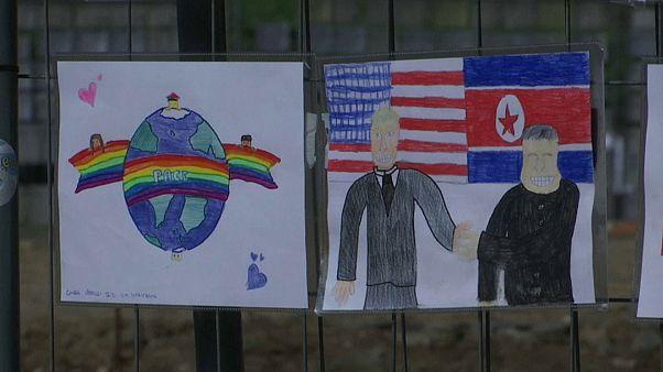 Giornata Mondiale della Pace: il Colosseo si colora coi disegni dei bambini