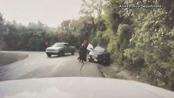 Texas: poliziotto salva una donna