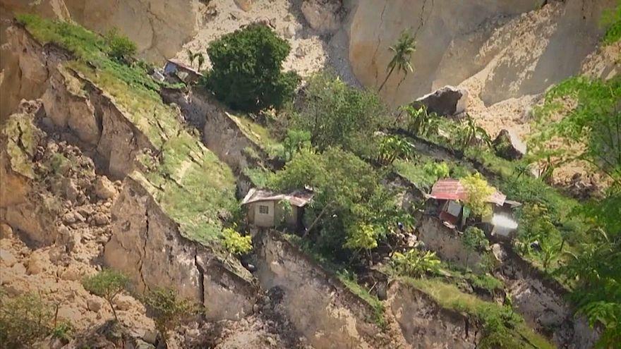 Frana nelle Filippine, decine di morti