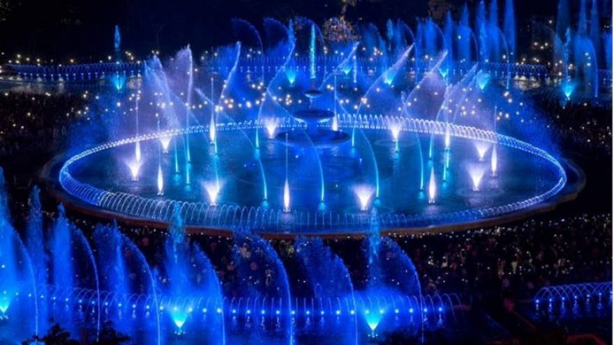 Downtown Bucharest fountains reopen with impressive multimedia show