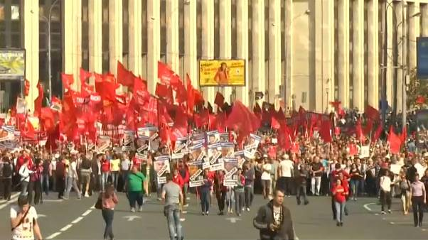 Russians rally against changes to retirement age
