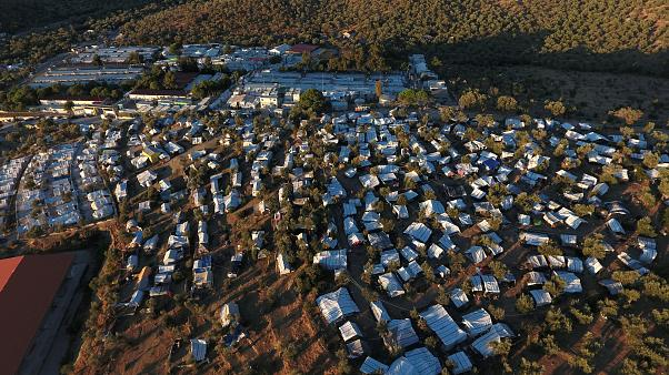 Greek authorities start to relocate migrants from Moria camp