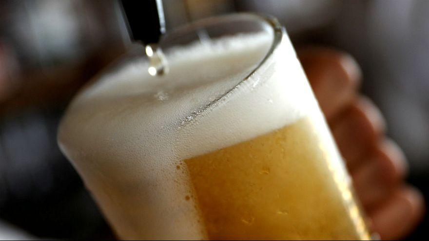 سالانه چند میلیون نفر به خاطر مصرف مشروبات الکلی میمیرند؟