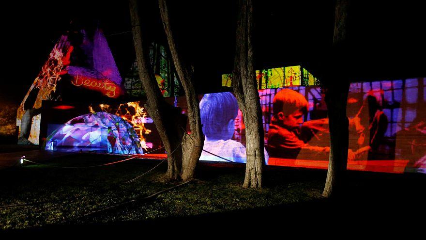 Cascais, col festival 'Lumina' la città si veste di luci colorate