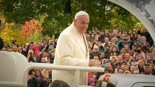 Papst erinnert in Litauen an Holocaust-Opfer