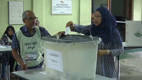 La oposición denuncia fraude electoral en Maldivas