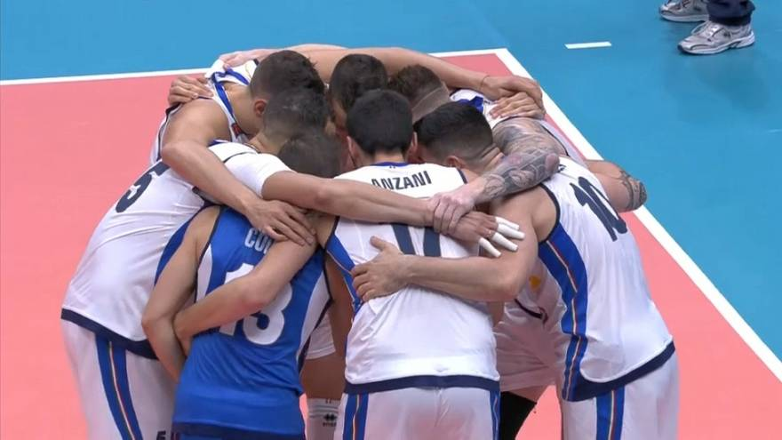 Volley: l'Italia perde, ma avanza