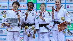 Clarisse Agbegnenou gana su tercer título mundial en Bakú