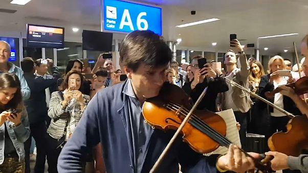 Un concert improvisé de Vivaldi à l'aéroport de Genève
