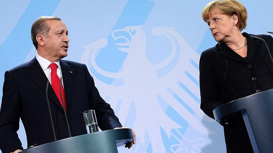 Erdoğan ziyareti öncesi Almanya'da protesto edildi