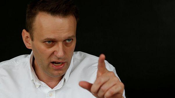 Rus muhalif lider Navalny hapisten çıktıktan sonra gözaltına alındı