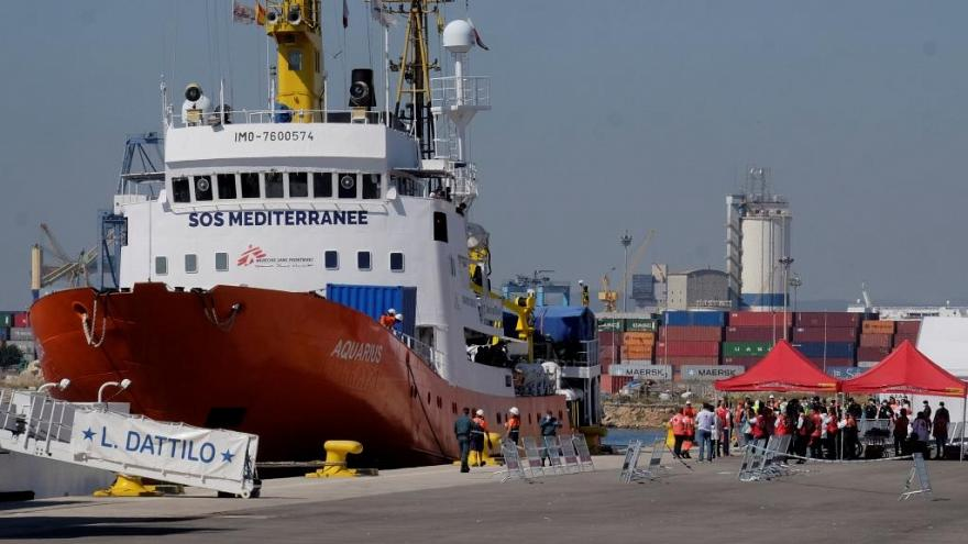 Rescue ship Aquarius stripped of its registration