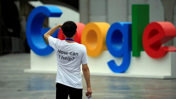 """""""غوغل"""" تطفئ شمعتها العشرين: غيّرت العالم وجنت ثروات هائلة"""
