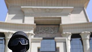 حكم نهائي بإعدام 20 مصريا أدينوا بقتل رجال شرطة عام 2013