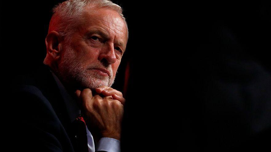 رئيس حزب العمال البريطاني جيريمي كوربن: لست معادياً للسامية
