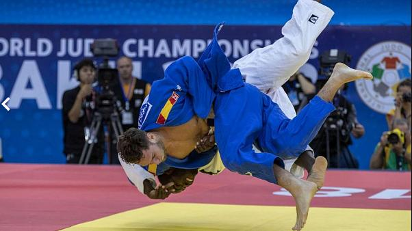 2018 World Judo Championships: Japan's Arai retains title, Sherazadishvili makes history for Spain