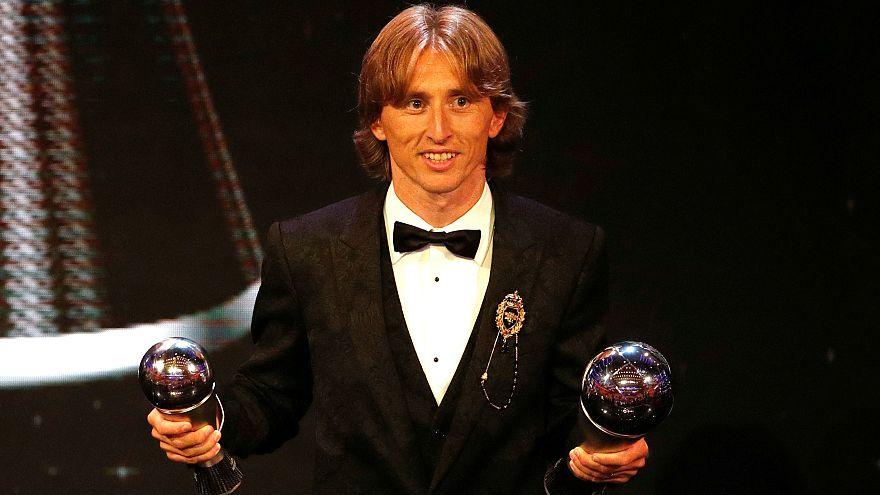 لوکا مودریچ بهترین بازیکن فوتبال سال جهان شد