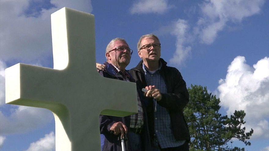 الصدفة والحمض النووي يجمعان أخيْن لم يعلم أحدهما بوجود الآخر لنحو 70 عاماً