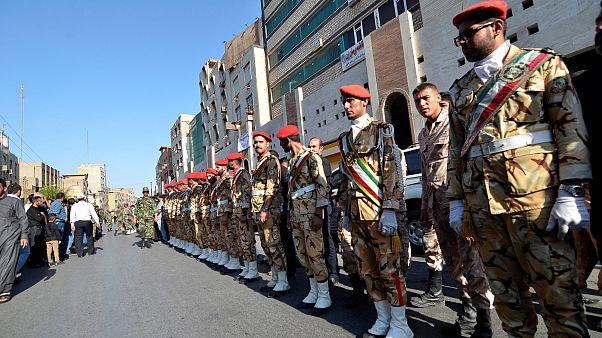 İran, kaçırılan 10'dan fazla askeri için Pakistan'dan yardım istedi