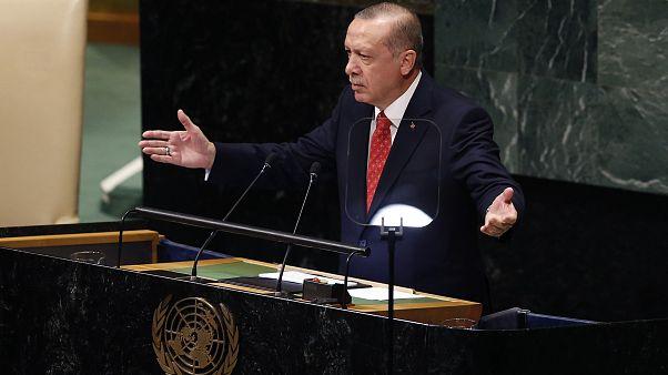 Erdoğan: Teröristleri silahlarla donatanlar bunun acısını çekeceklerdir