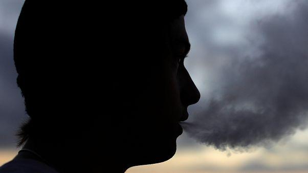 180 milliárd forintot füstöltünk el a nyáron