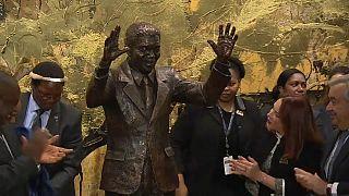 Svelata una statua di Nelson Mandela all'Onu