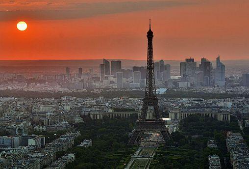 بیش از یک چهارم زنان فرانسه حاضر نیستند تنها از خانه بیرون بروند