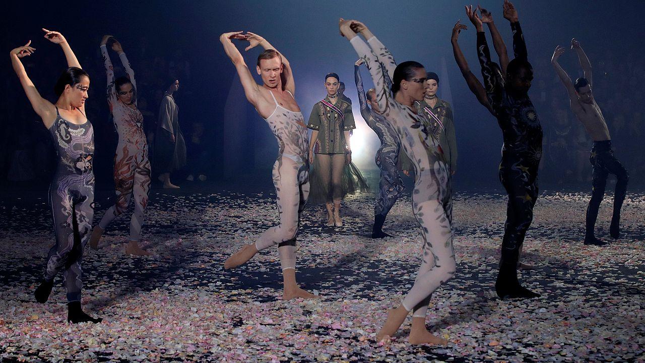 O Dior άνοιξε την Εβδομάδα Μόδας στο Παρίσι