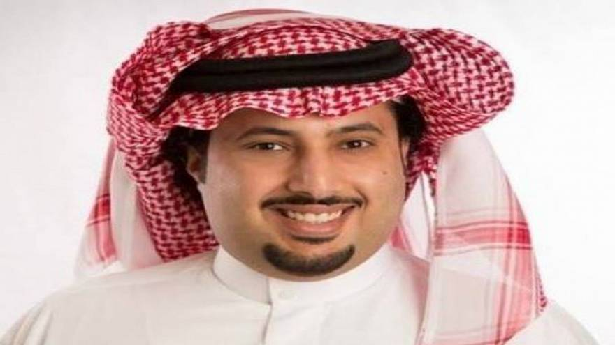 """بعد أن شتمه الأهلاويون.. هاشتاغ """"إلا تركي آل الشيخ"""" يشتعل بتغريدات السعوديين والمصريين"""