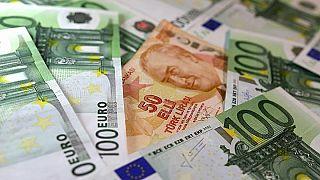 Moody's Türkiye'nin döviz cinsi tavan notunu düşürdü