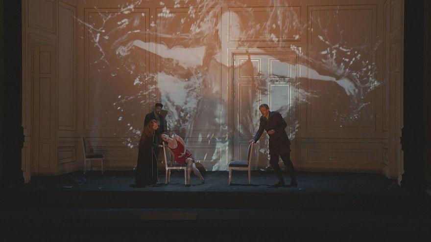نسخه معاصر اپرای برنیس در پاریس با اجرای خیرهکننده باربارا هنگین