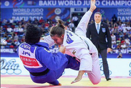 Cho e Hamada surpeendem em Baku
