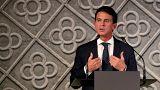 لأول مرة في أوروبا... رئيس الوزراء الفرنسي السابق يترشح لتولي منصب عمدة برشلونة