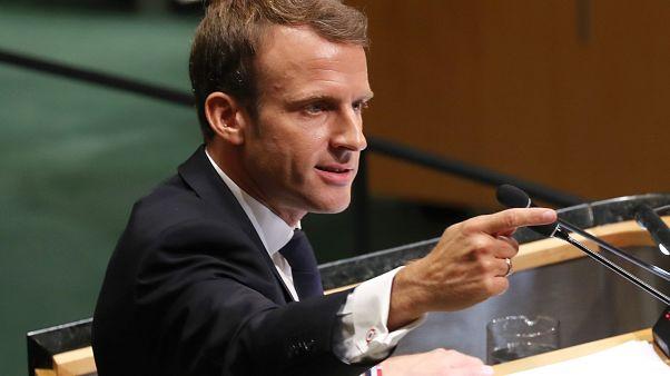 Emmanuel Macron pasa a la ofensiva