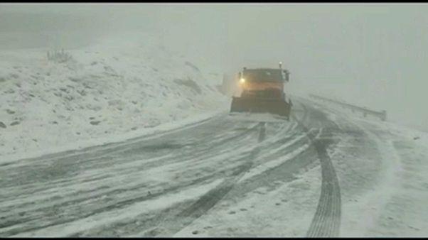 Wintereinbruch in Teilen Osteuropas fordert 1. Todesopfer