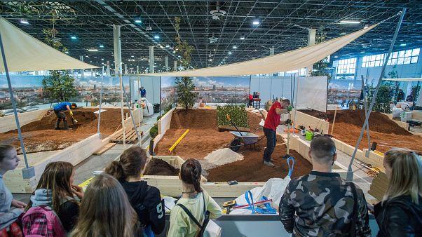 Európa szakmunkás fiataljai versengenek Budapesten