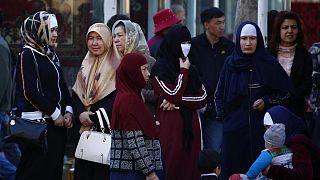 """""""Çin, Doğu Türkistanlı kadınları aileleri ile görüştürmüyor"""""""