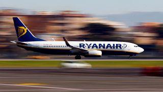 Ryanair: giornata di sciopero, 250 voli cancellati